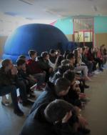 Mobiles Planetarium zu Besuch an unserer Schule